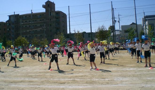 2年 ナメコでダンス2.jpg