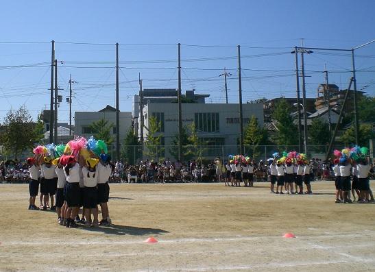 2年 ナメコでダンス.jpg