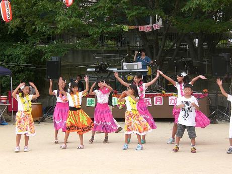 8月五月丘 夏祭りフラ.JPG
