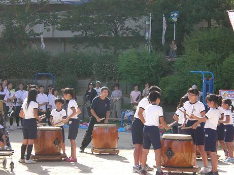 8月夏祭り太鼓3.JPG