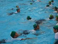 5着衣泳1.jpg