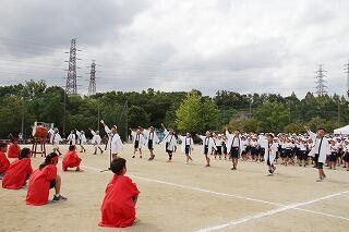 9月28日応援合戦白.jpg