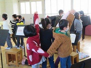 12月22日 2年生音楽.jpg