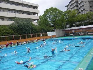 6月28日着衣水泳.jpg