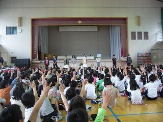 5月14日飼育委員会発表.jpg
