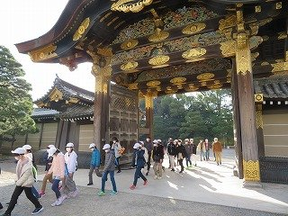 12月3日修学旅行1日目①二条城.jpg