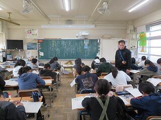12月5日 6年道徳.jpg