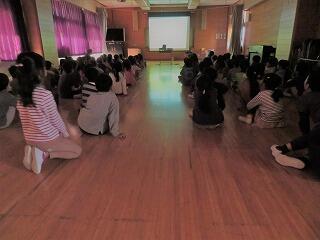 11月21日1年人権教育.jpg