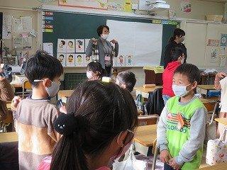12月15日2年生外国語活動.jpg