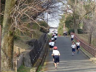 2月3日3~6年マラソン大会.jpg
