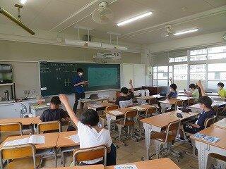 5月27日5年生登校日箱の形.jpg