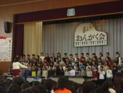 6年生合唱.JPG