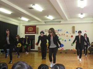 3しましまダンス.jpg